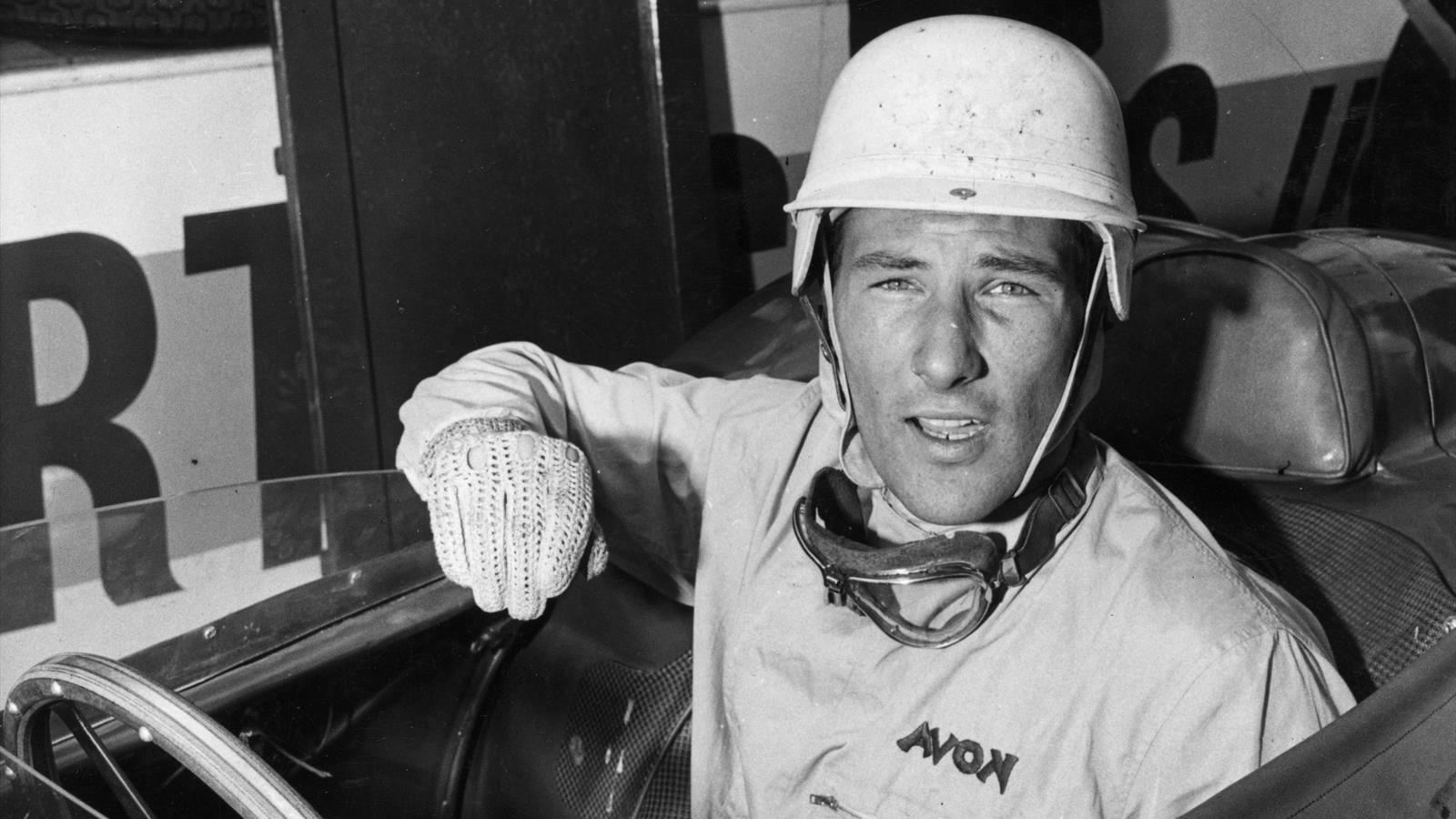 Sir Stirling Moss: 1929 – 2020   ViaRETRO